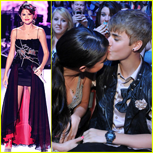 Selena Gomez &#038; Justin Bieber: TCA Kiss!