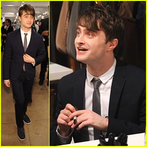 Daniel Radcliffe Sings Carols For A Cure