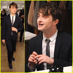 Daniel Radcliffe Sings Carols For A Cure