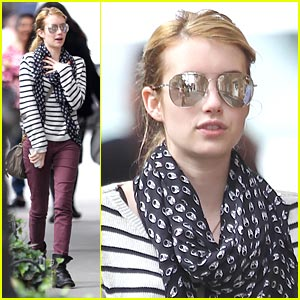 Emma Roberts on Working with Aunt Julia Roberts: It Was 'Cool'