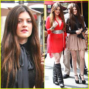 Kylie Jenner: The Grove With Khloe Kardashian