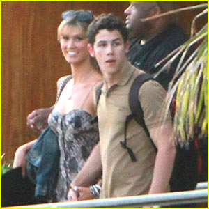 Nick Jonas & Delta Goodrem: Los Cabos for Labor Day