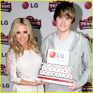 Ashley Tisdale: LG National Texting Championship!