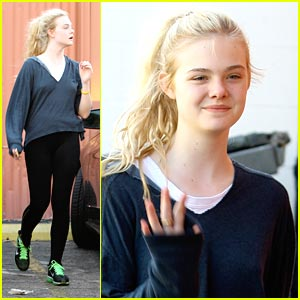 Elle Fanning: Hollywood Film Awards Honoree!
