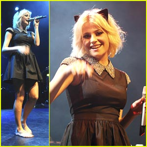 Pixie Lott Debuts 'Stevie On The Radio'