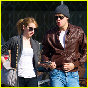 Emma Roberts &#038; Chord Overstreet: Breakfast Break!
