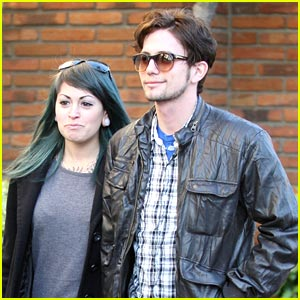 Jackson Rathbone Goes To The Grove