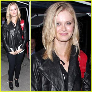 Sara Paxton Stops By Trousdale