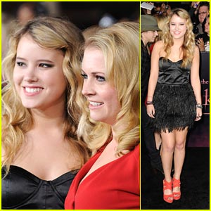 Taylor Spreitler: 'Breaking Dawn' with Melissa Joan Hart