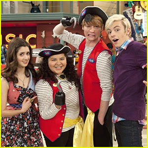 Austin &#038; Ally Cast: Argh, Matey!