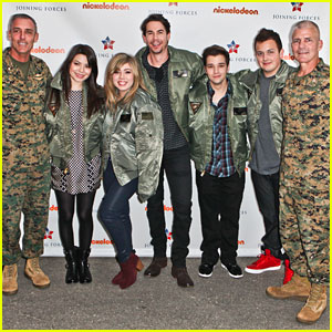 iCarly Cast Meet Marines at Miramar