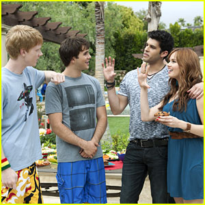 Debby Ryan Guest Stars on 'Zeke & Luther'