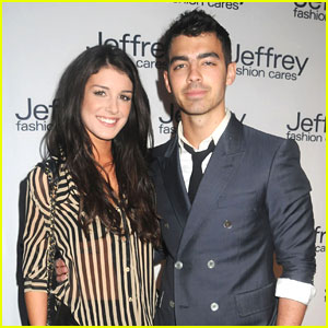 Joe Jonas & Shenae Grimes: Jeffrey Fashion Cares Show!