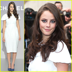 Kaya Scodelario: Chanel Showstopper