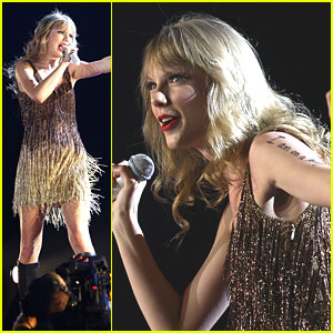 Taylor Swift: Perth Concert Cutie!