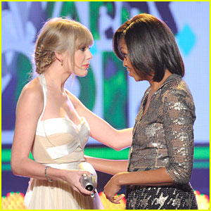 Taylor Swift -- Kids Choice Awards 2012