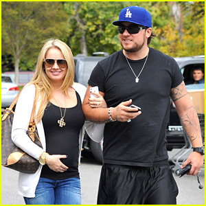 Tiffany Thornton & Chris Carney: Bed, Bath & Beyond with Baby Bump