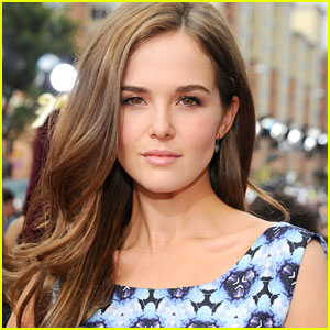 Zoey Deutch Joins 'Beautiful Creatures'