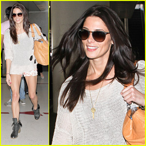 Ashley Greene: LAX Lady