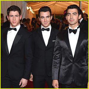 Nick, Joe & Kevin Jonas - Met Ball 2012