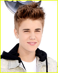 Justin Bieber Brings Fan to Billboard Music Awards