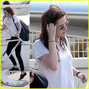Kristen Stewart: Private Jet Out of Paris