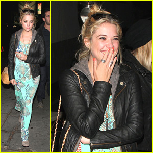 Ashley Benson: Lots o' Laughs!