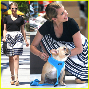 Dianna Agron & Arthur: New Harness Shopping!
