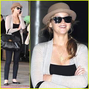 Jennifer Lawrence: LAX Lady