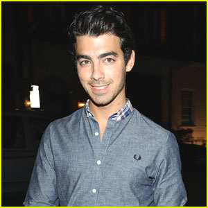 Joe Jonas: Morton's Club Night Out!