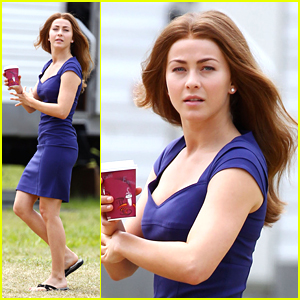 Julianne Hough: Brunette Wig on 'Safe Haven' Set