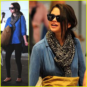 Selena Gomez: Fragrance Launch Today!
