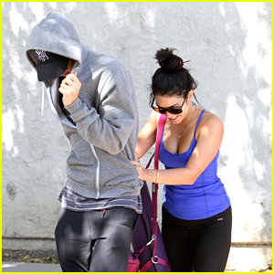 Vanessa Hudgens &#038; Austin Butler: Morning Yoga Class