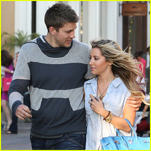 Ashley Tisdale & Scott Speer: The Grove Sweethearts