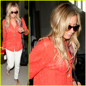 Ashley Tisdale: Airport Chic Arrival