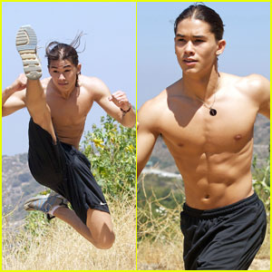 BooBoo Stewart: Shirtless Martial Arts!