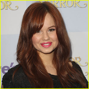Debby Ryan: 'The Glades' Guest-Star!