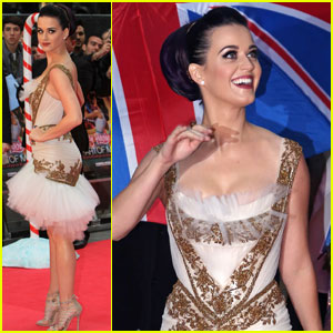 Katy Perry: Red, White, &#038; Blue Eyelashes at UK Premiere!