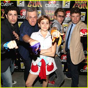 Mae Whitman: Teenage Mutant Ninja Turtles at Comic Con 2012!