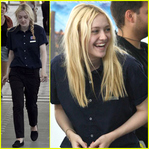 Dakota Fanning: 'Very Good Girls' with Peter Sarsgaard!