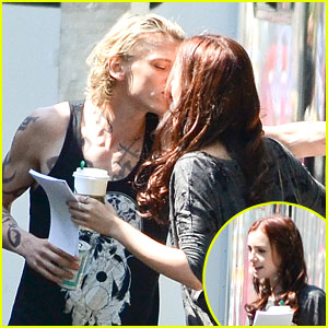 Lily Collins & Jamie Campbell Bower: 'City of Bones' Kiss