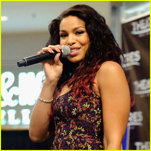 Jordin Sparks: Mall of America Performance!