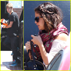 Selena Gomez & Justin Bieber: Lunch at BJs