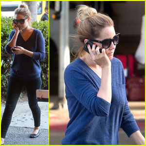Lauren Conrad: Two Phones At LAX Airport