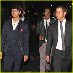 Joe &#038; Nick Jonas Head To Hyde