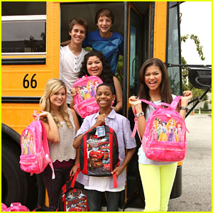 Zendaya &#038; Billy Unger: Back To School Drive with Radio Disney