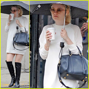 Dakota Fanning: Umbrella Outing in NYC