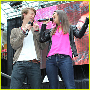 Victoria Justice & Thomas Mann: 'Fun Size' Screening!