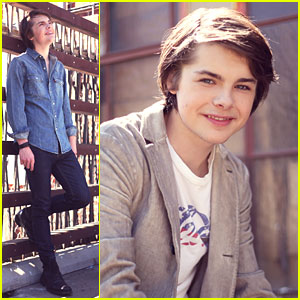 Brendan Meyer: JJJ Portrait Session!