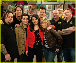 Miranda Cosgrove: 'iCarly' Goes To Vegas!